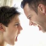 pai grita com filho
